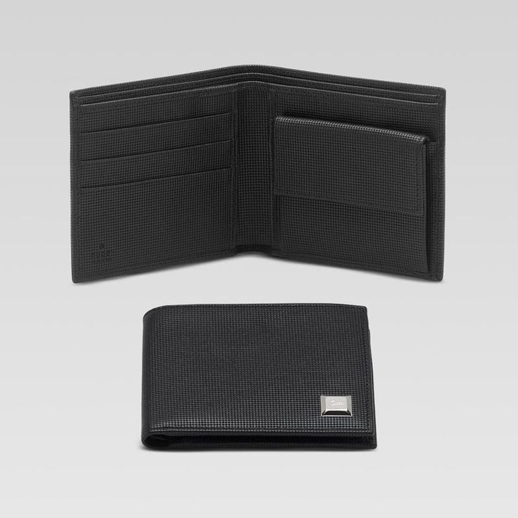 bi-fold wallet with engraved gucci script nail detail GMWC1024