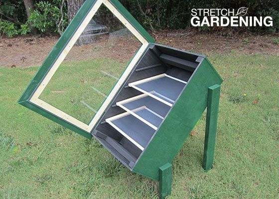Solar Dehydrator plans and instructions - wonderful for sun-dried tomatoes, herbs, apple chips, banana chips, etc.
