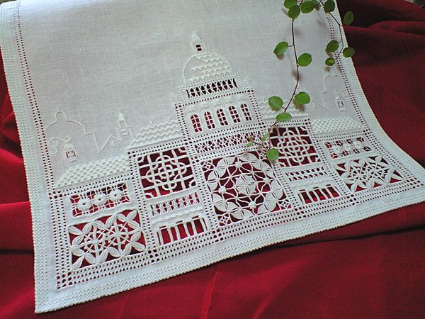 Punto Antico Cityscape ~ link to blog article and embroidery pattern pages ~ by Caserba (Beautiful design idea)