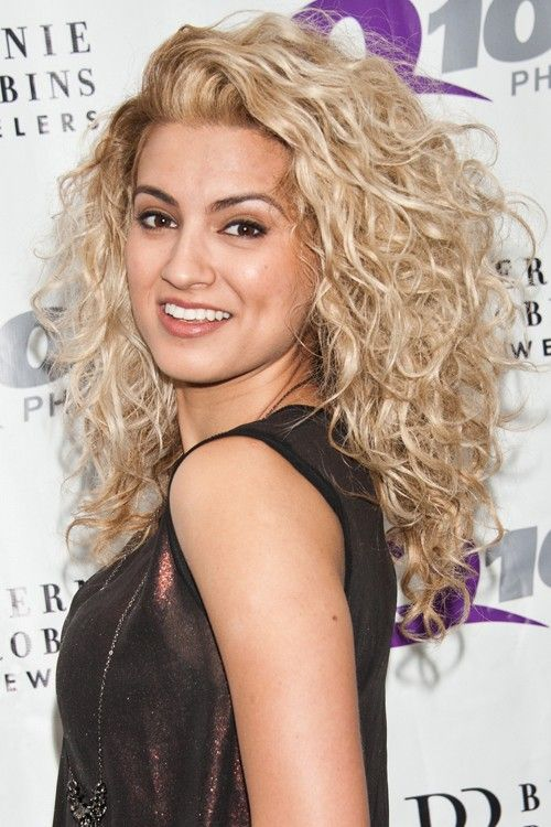 Tremendous 1000 Ideas About Blonde Curly Hair On Pinterest Curly Hair Short Hairstyles For Black Women Fulllsitofus