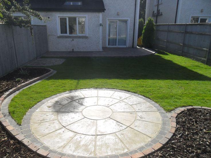 17 best ideas about circular patio on pinterest garden for Circular garden designs