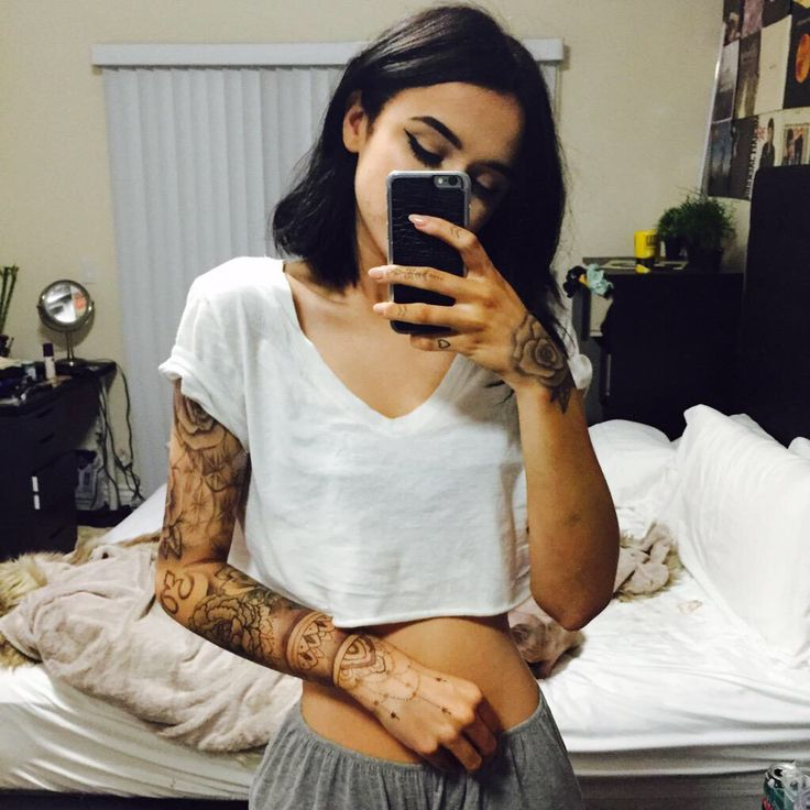 Acacia sleeve. not that i would eveeer get a sleeve but still. it's pretty