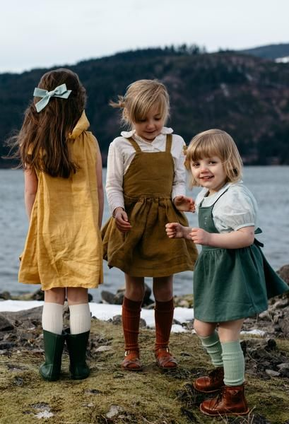 """Click to shop handcrafted oversized schoolgirl bows by Wunderkin Co. The perfect hair bow to embolden your baby's, toddler's or little girls free spirit and individual style. Handmade by moms in the USA and guaranteed for life. // """"Duck Egg"""" Oversized Schoolgirl Bow."""