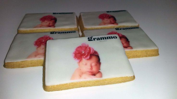 #biscuitdesigner #confetti #biscotti #matrimonio #catering #itssevent #giardinigalbiati
