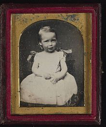 Daguerreotype of Robert Louis Stevenson as a young child. - Wikipedia, the free encyclopedia