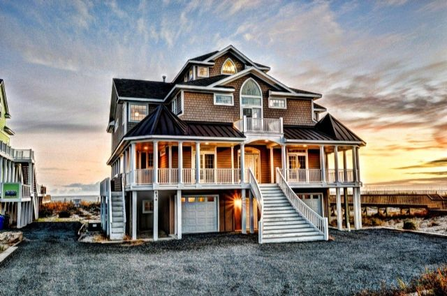 634 Hampton Colony, N. Topsail Beach, NC; 8 Bedroom Oceanfront Home with Hot Tub!!