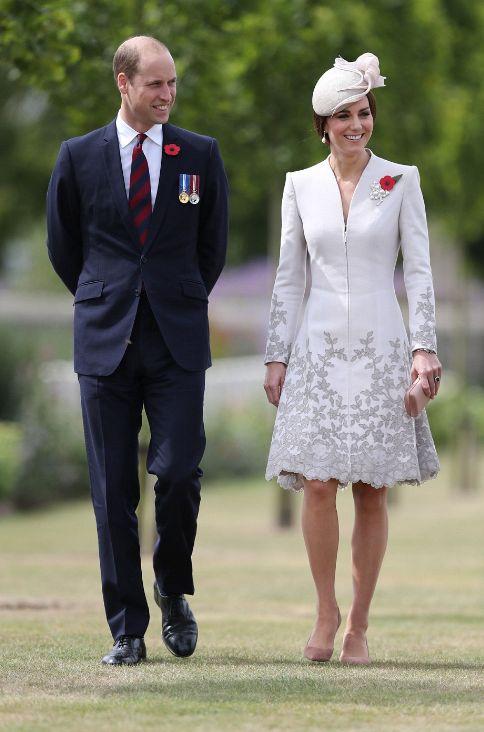Les Cambridge au cimetière de Tyne Cot   Dans le boudoir de Kate Middleton