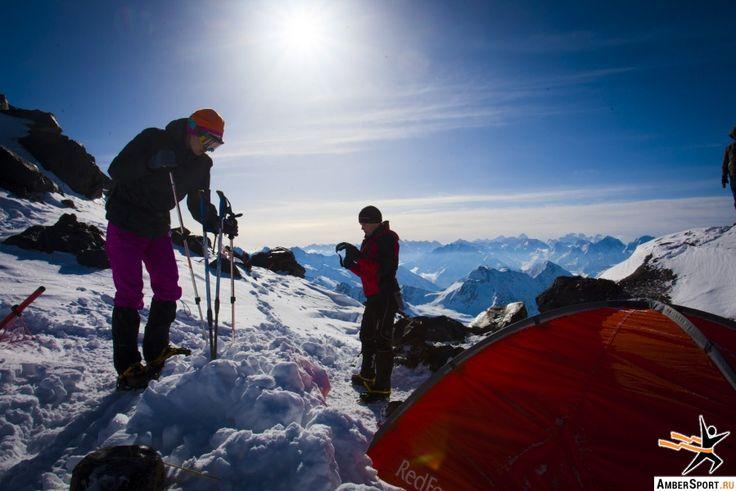 Калининградские альпинисты покорили Эльбрус в честь 70-ти летия Победы — AmberSport
