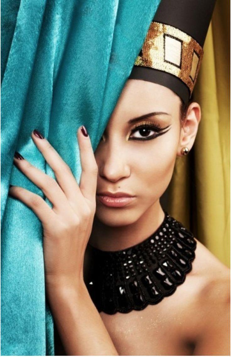 Egyptian inspired modern day style - Egyptian Inspired Makeup