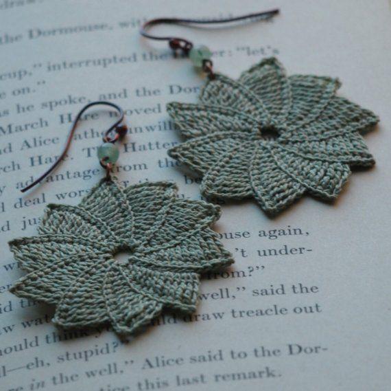 Purple Chair Crochet: Gorgeous Crochet Earrings