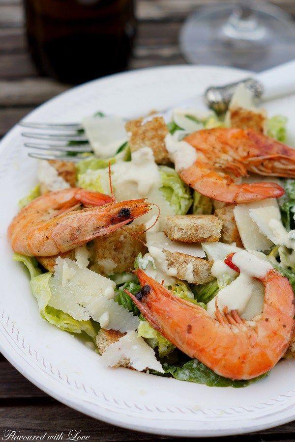 Caesar-Salat mit Garnelen