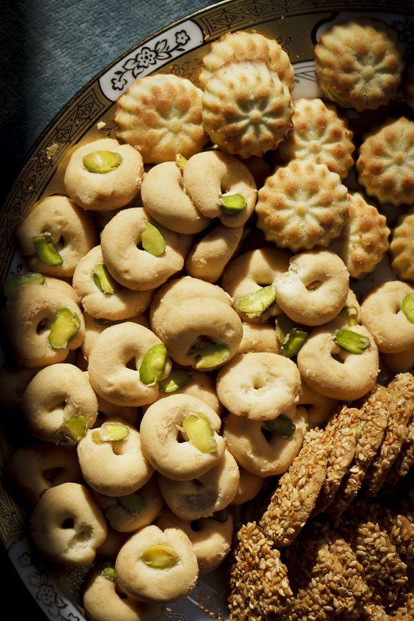 Arabic cookies (maamoul, barazek, ghorabiye) #sesame #date #sweets