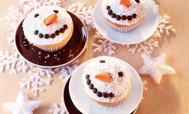 Schneemann-Muffins - Süße kleine Zitronen-Muffins mit winterlicher Dekoration für Groß und Klein