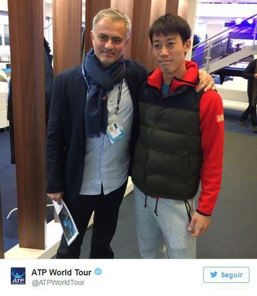 モウリーニョ、錦織圭に2ショット写真を懇願!? 異なる世界で活躍する2人が対面 | theWORLD(ザ・ワールド)|世界中のサッカーを楽しもう!