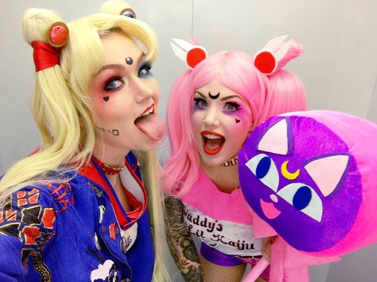 Harley Quinn meets Sailor Moon?! https://www.facebook.com/SailorMoonForeverr/photos/pcb.677069835787884/677069049121296/?type=3&theater