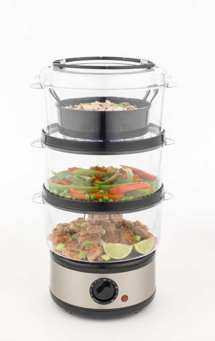 Weight Watchers 3 Tier Steamer.  Large water tank and 3 tier levels to create your favourite meats and vegetables.