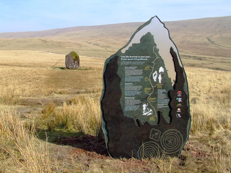 Bespoke interpretation signage which mirrors the contours and textures of the hstoric Maen Lila rock.