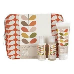 Orla Kiely Wash Bag Gift Set: Amazon.co.uk: Health & Personal Care - for Vicky?