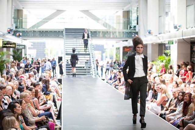 Trelise Cooper 'Black Tied Peas' jacket, Trelise Cooper 'Pembroke Collar' top & Trelise Cooper 'Perfect Gait' pant