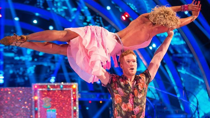 Greg Rutherford & Natalie Lowe Salsa to 'Wrapped Up' - Strictly Come Dan...