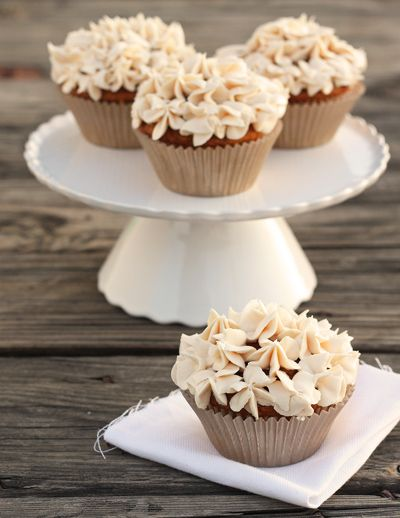 mmm, pumpkin chai cupcakes: Desserts, Recipe, Sweet, Pumpkin Chai, Pumpkin Cupcakes, Food, Pumpkins, Chai Buttercream