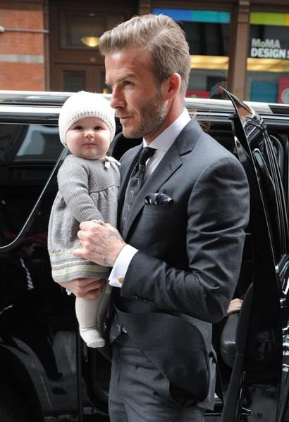 Ame esta foto de David Bekham con su nena :)