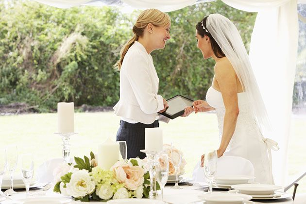 Brides: Exactly How Much to Tip Each of Your Wedding Vendors:
