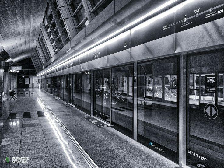 Mind the gap..! by Kuriakose Sebastian on 500px