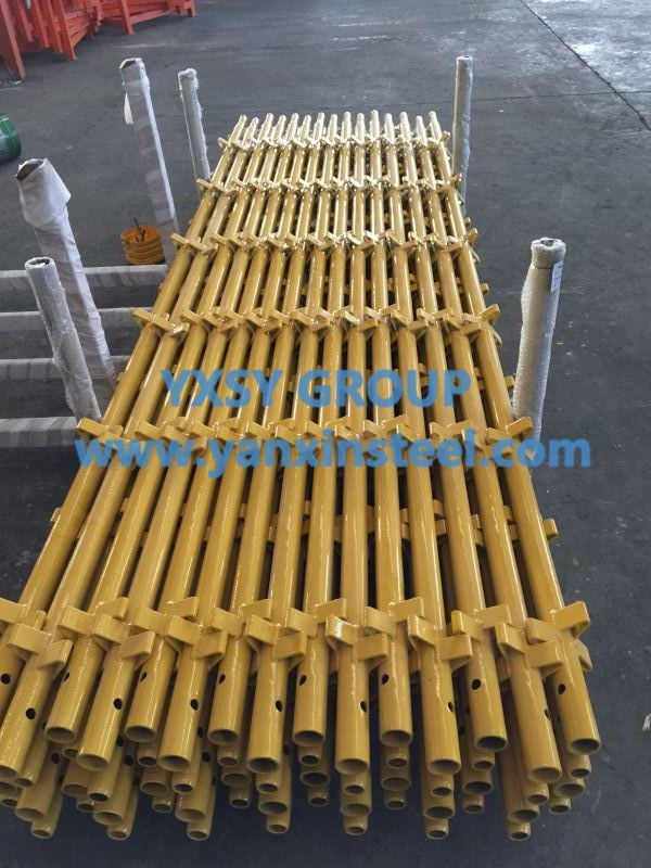 #KwikstageScaffolding installation process should be prepared before the start of the construction, staffing, on-site command, site layout, etc., the preparatory work is very important http://www.yanxinsteel.com/kwikstage-scaffolding/