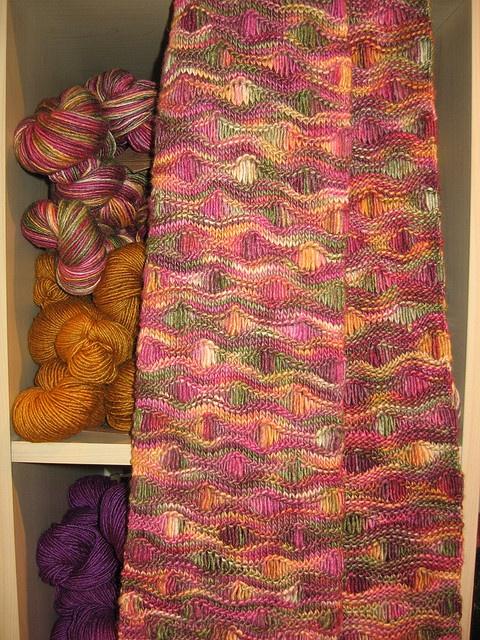 Ocean Waves Scarf pattern by Leslie Lewis | Knit/crochet ...