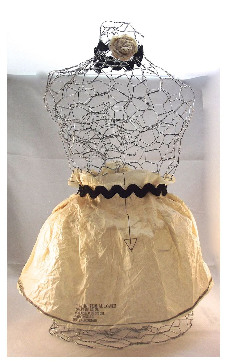 Knitting With Wire Patterns Free : Best rusty wire decor ideas images on pinterest