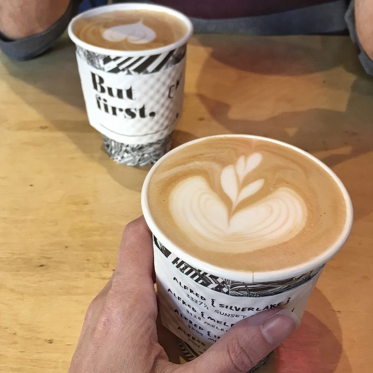 Living like a local, best of LA, Los Angeles, things to do in LA, best Airbnb in LA, travel, best coffee shops in LA, LA for instagrammers, intellegentsia coffee Silver Lake, Alfred Coffee Silver Lake, Silver Lake, LA like a local, travel blogger