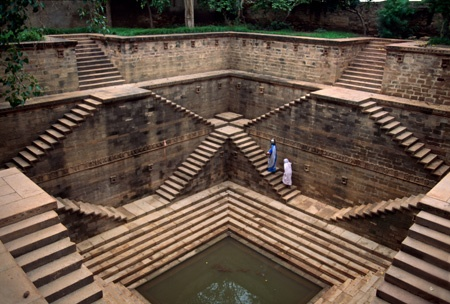 Step Well, India. Photographer Steve McCurry.
