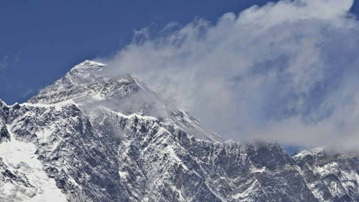 India to measure whether Mount Everest shrank in 2015 Nepal earthquake an expedition would be sent to the world's highest mountain. The most widely recognised height 8848m (29028ft) came from an Indian survey 62 years ago.