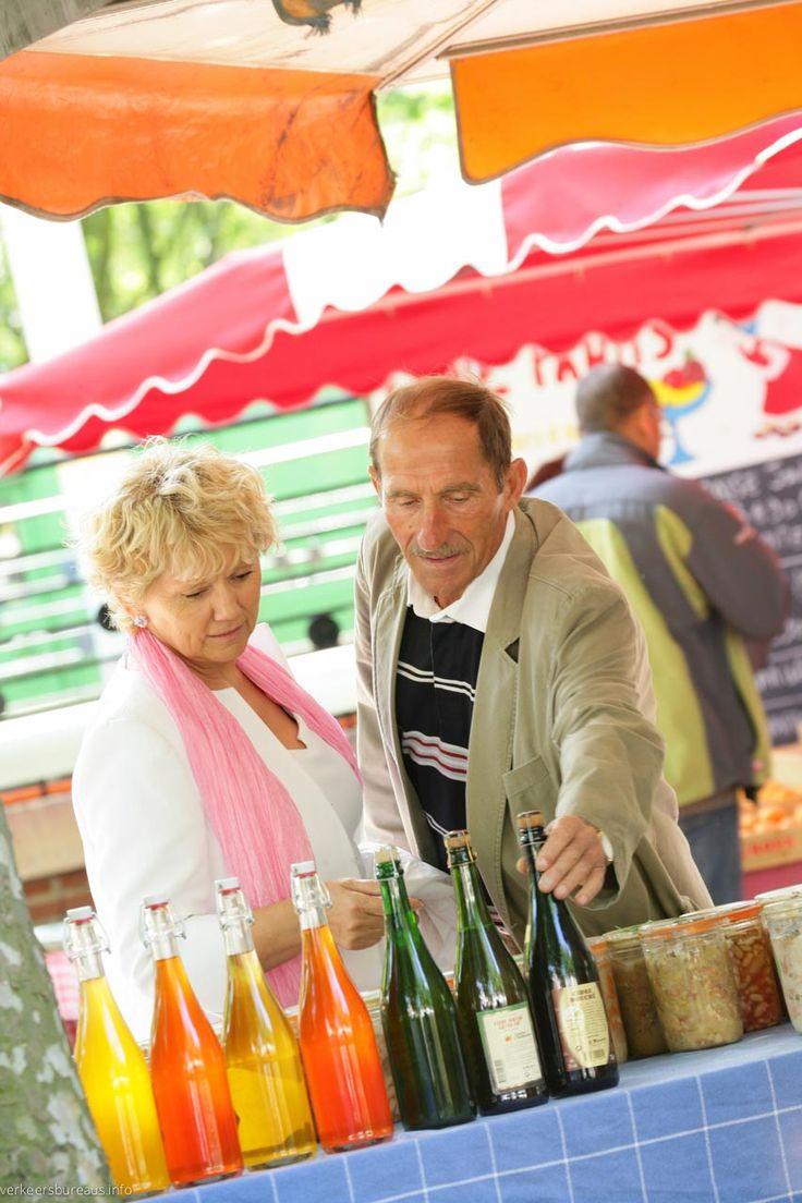 Voor de echte toerist biedt Duinkerke een keur aan ambachtelijke producten, vis-markten, verse asperges en ook megasupermarkten