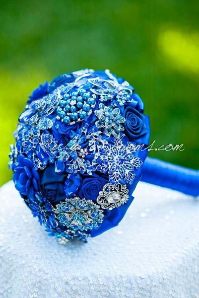 "Enchanting, Heirloom Sapphire Blue Brooch Bouquet - Elite Collection - Perfect Bridal accessory for any Royal Blue/Sapphire Wedding Theme Brooch Bouquet Specifications: ◦ Name/Style: ""Blue Balance"" -"