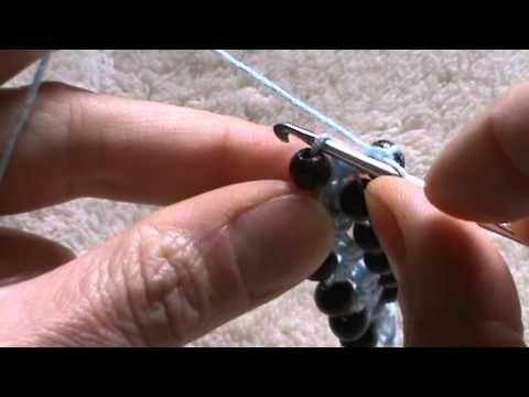 braccialetto con perline all'uncinetto - YouTube