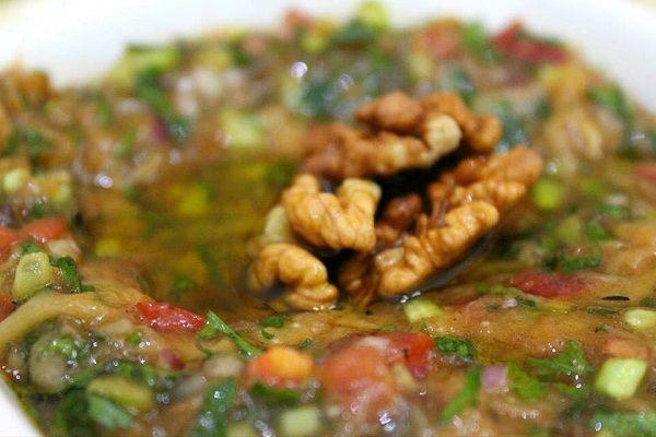 طريقة عمل بابا غنوج على الطريقة السورية طريقة Recipe Cooking Recipes Eggplant Dishes Middle Eastern Recipes