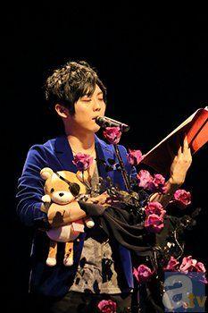 Yuki Kaji (seiyuu de kanato) y Teddy en el evento  Diabolik Lovers sadistic night 2014