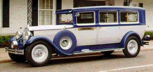 1929 Packard Car for Bodaway Thunder on the Reflected Road