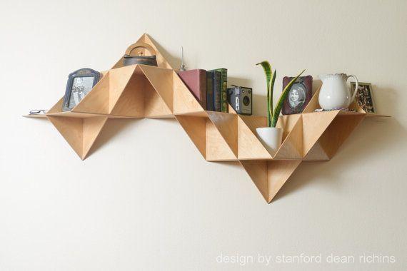 Danés moderno inspirado Modular Triangular por Designbystanford, $799.00