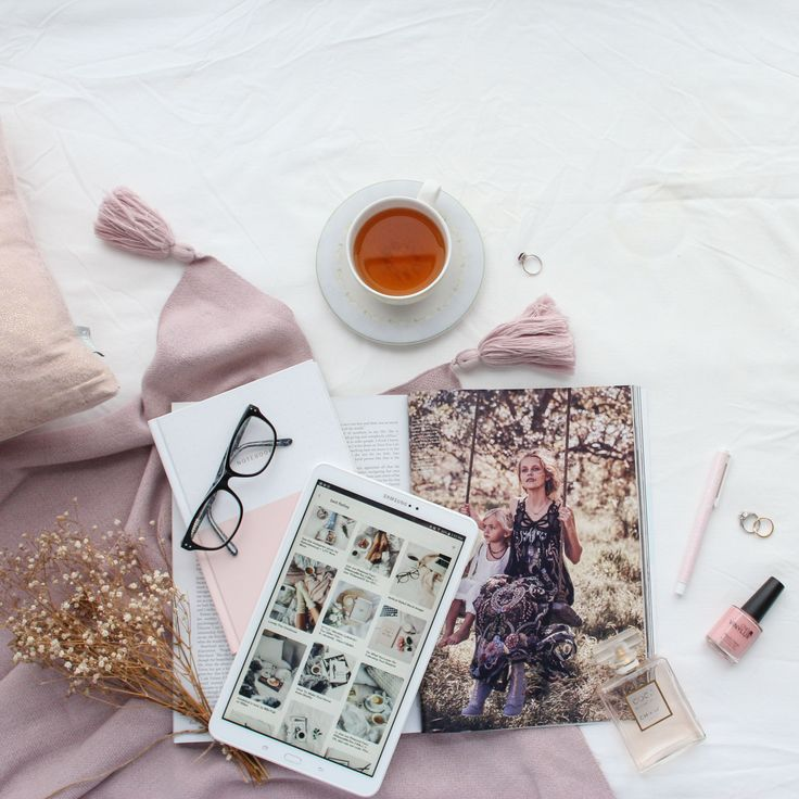 Relaxing bed scene #flatlay styled and photographed by Revised Edition, see more on my website, click the link  #relax #relaxation #flatlay #flatlayphotography #instagram #photography #blush #pink #inspiration