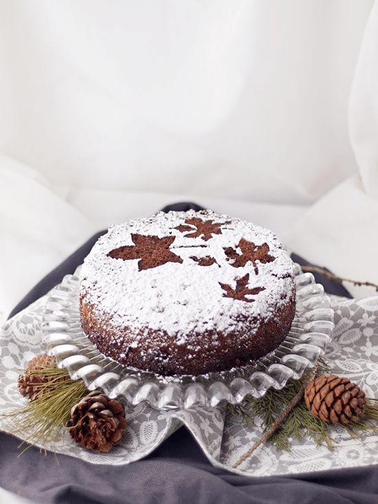 Bizcocho básico de chocolate sin gluten, perfecto para layer cakes, tartas fondant o comértelo tal cual. ¡Está delicioso!