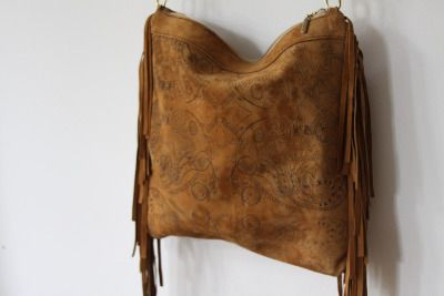 Gold leather boho bag with fringes in flower print