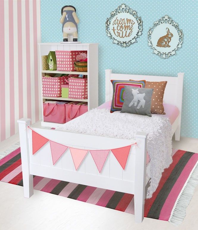 Like the idea of the pennant banner on the footboard since the girls already have them hanging from their ceiling! :)