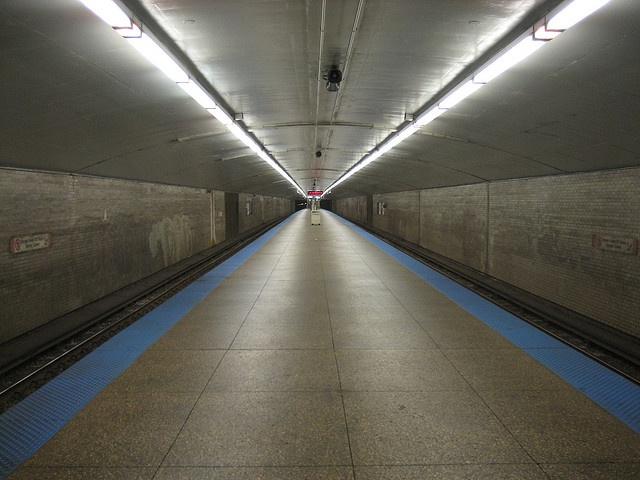 chicago: logan square cta blue line station