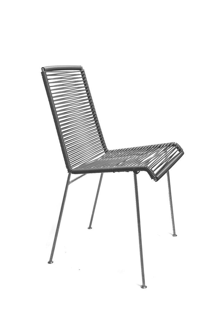 Plus de 1000 id es propos de fauteuils et tables sur pinterest chaises - Les plus belles chaises design ...