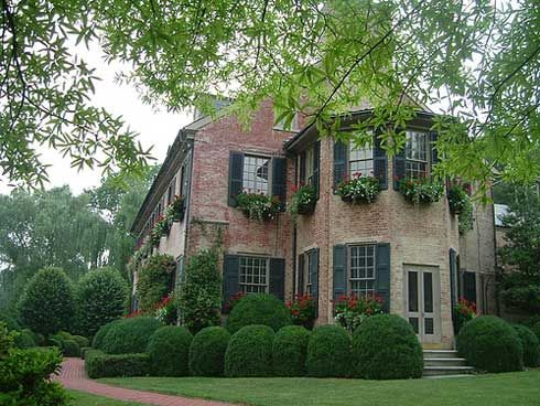 brick and shutters...so charming