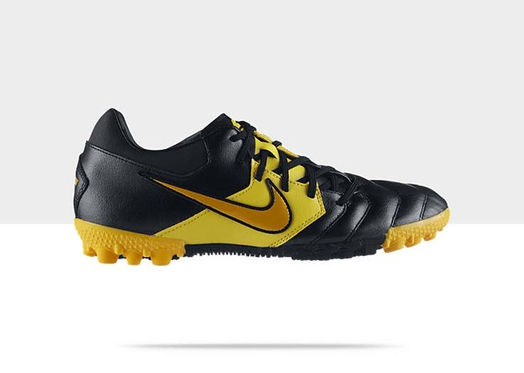 Nike5 Bomba Pro TF Men's Soccer Cleat