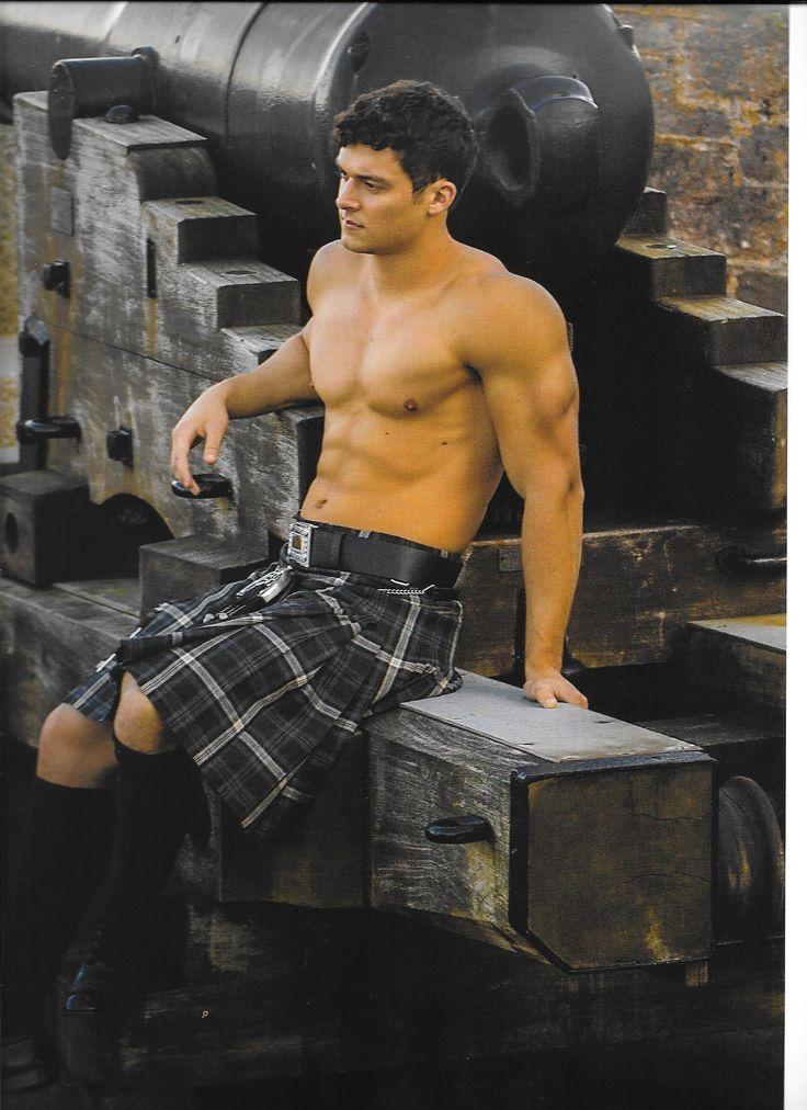 hot men in kilts nude